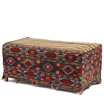 A MAFRASH, an antique/a semi-antique Shasavan, ca 108,5 x 55 cm, height 39,5, depth 55,5 cm.