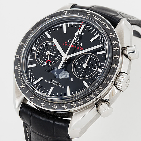 Omega, speedmaster, master chronometer, chronograph, wristwatch, 44.25 mm.