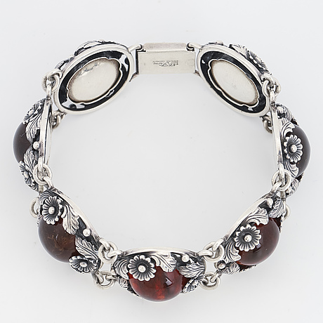 Nils erik from silver and amber bracelet.