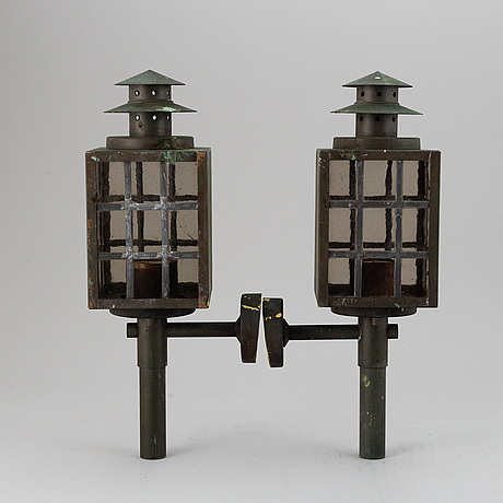 A 20th century pair of copper wall lanterns.