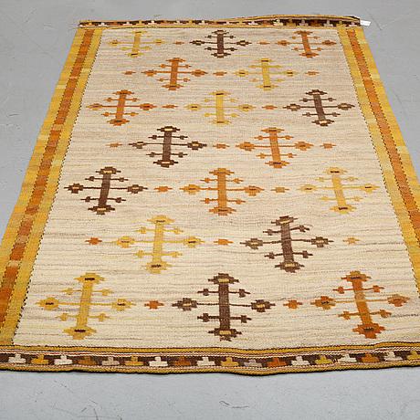 "MÄrta mÅÅs-fjetterstrÖm, a drape, ""gula dubbelkorset"", flat weave, ca 220,5-224,5 x 121-124,5 cm, signed mmf."
