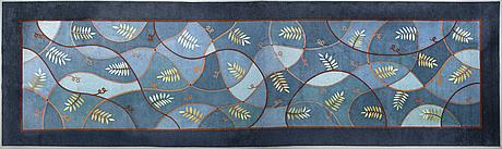 "A carpet, ""bladslingor"", handtuftad, gunilla lagerhem ullberg, kasthall, ca 1000 x 300 cm."