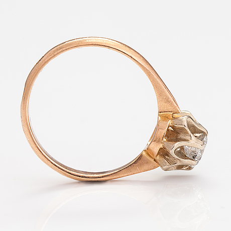 A 14k gold ring with a ca. 0.50 ct diaomond. russia.