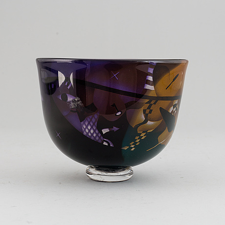 Bertil vallien, a glass bowl, kosta boda unique, signed b. vallien.