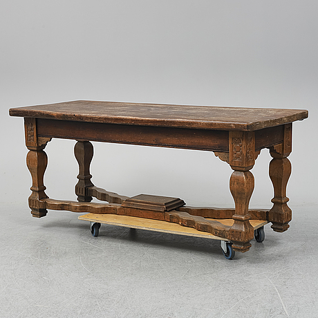 A 19th/20th century table.