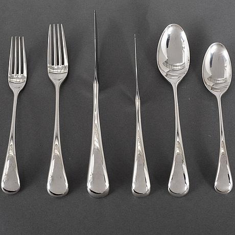 Vivianna torun bÜlow-hÜbe, 72 pieces of silver plated flatware from dansk international design ltd. designed in 1986.