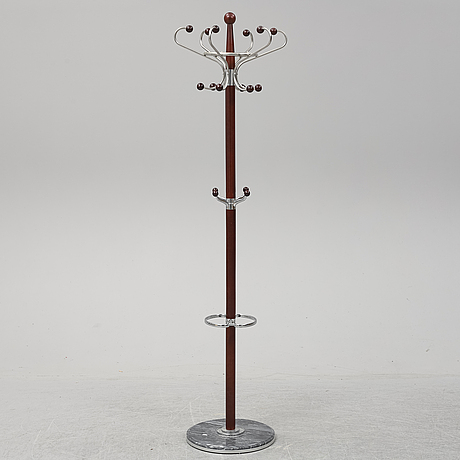 A clothes hanger, second half of the 20th century.