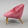 A 1950s easy chair.