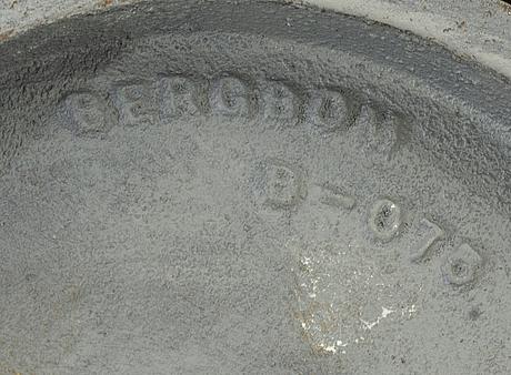 Taklampor 2 st samt bordslampa bergboms 1900-talets senare del.