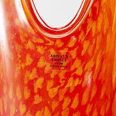 Kjell engman, a signed glass vase.