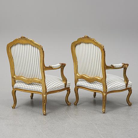 Karmstolar ett par, 1800-talets slut. rokokostil.