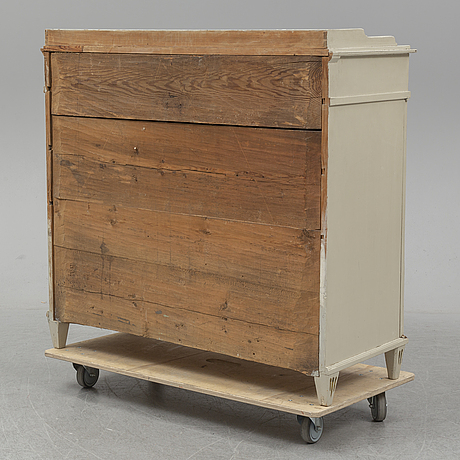 A painted pine gustavian sideboard, circa 1800.