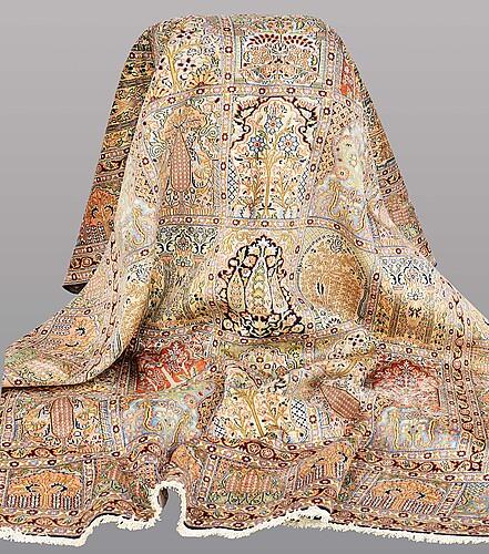 A rug, silke kashmir, ca  278 x 202 cm.