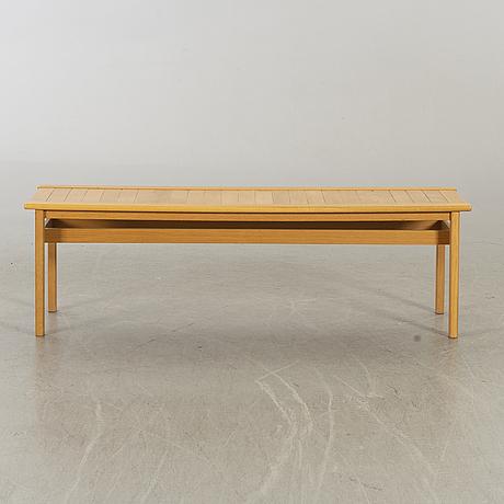 An 1988 oak bench lammhult, sweden.