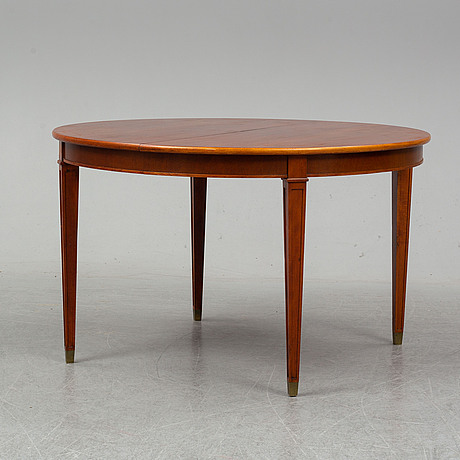 A gustavian style table, first half of 1900's.