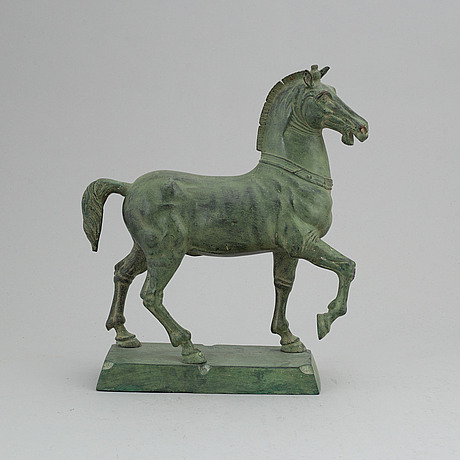 A bronze sculpture, 20th century.
