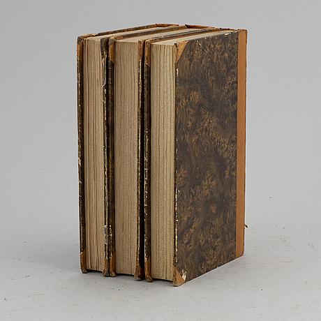 Med 33 planscher, mestadels handkolorerade (3 vol).