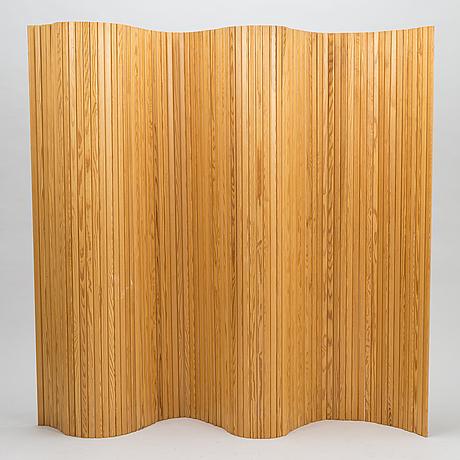 Alvar aalto, skÄrm, artek, 1900-talets slut. ca 150x200 cm.