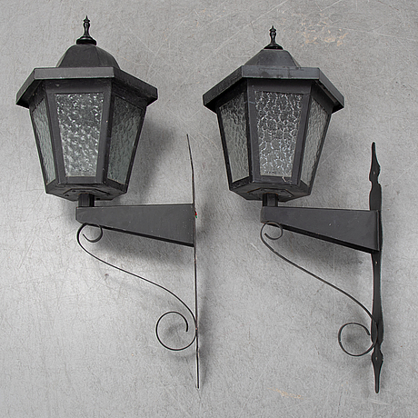 A pair of 1970's wall-lamps.
