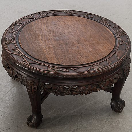 Soffbord/sidobord, sydostasien 1900-talets mitt.