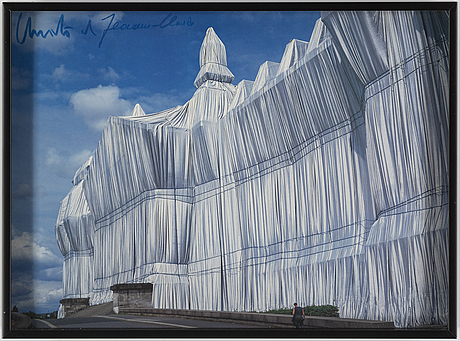 Christo & jeanne-claude, off set in colours, signed.