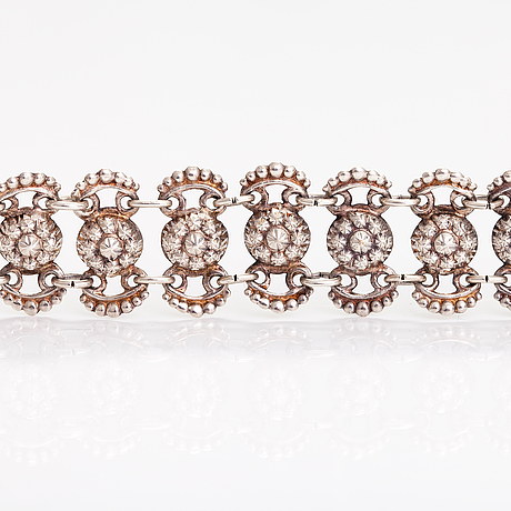 A silver bracelet. finnish importmarks.