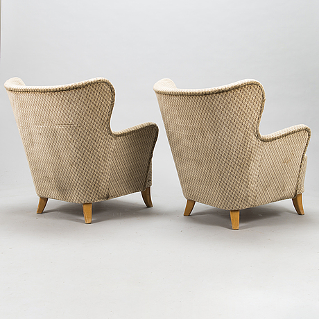 Ilmari lappalainen, a pair of mid-20th century 'laila' armchairs for asko.