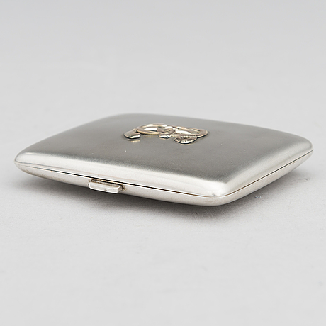 A silver cigarette case with the 27th jaeger batallion cross. finnish control marks helsinki 1928.