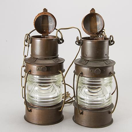 Skeppslyktor, koppar, 2 st, 1900-talets andra hälft.