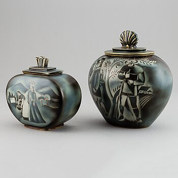 """GUNNAR NYLUND, two """"Flambé"""" stoneware urns with covers, Rörstrand, Sweden 1930-40's."""