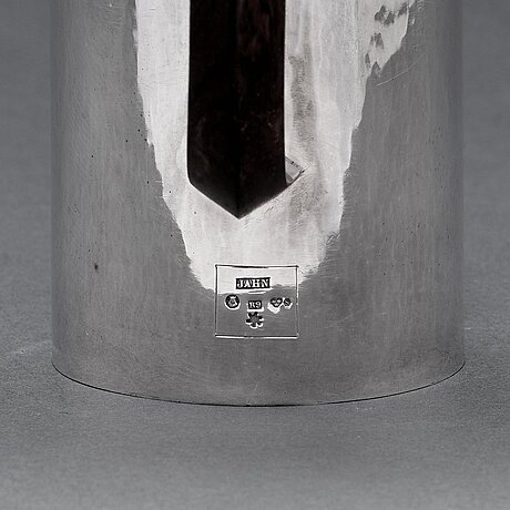 Carl g. jahnsson, a sterling coffee pot, stockholm 1967.