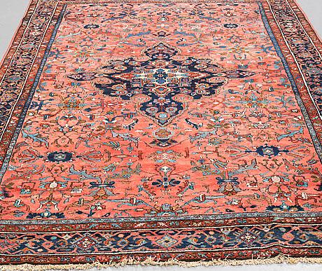 A carpet, semi-antique lilihan, ca  315 x 215 cm.