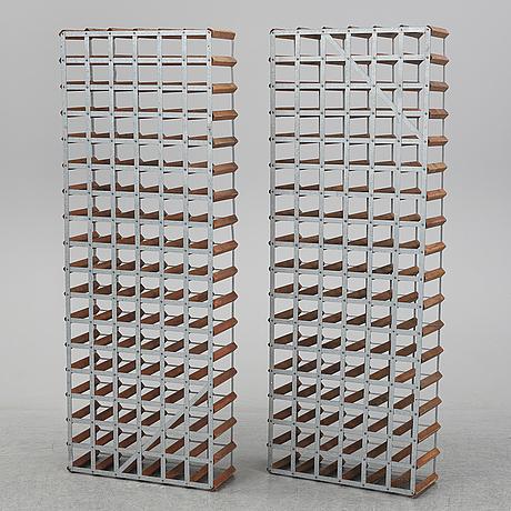 A pair of wine racks, 20th/21st century.