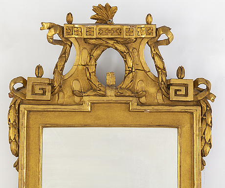 A late 18th century gustavian mirror.