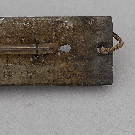 RÉaumurtermometer samt hydrometer i plåtetui, termometer signerad molinari.