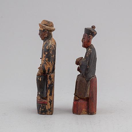 Skulpturer 2 st, målat trä, kina, 1800-/1900-tal.