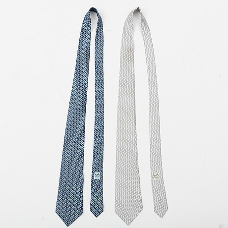 HermÈs, two silk ties.