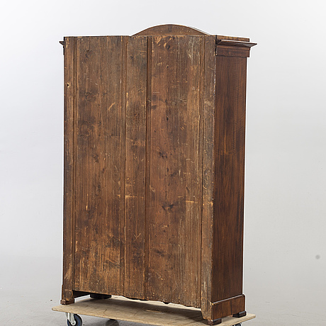 VitrinskÅp, 1800-talets andra hälft.