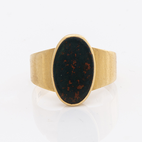 2 rings 18k gold, amethystes and bloodstone.