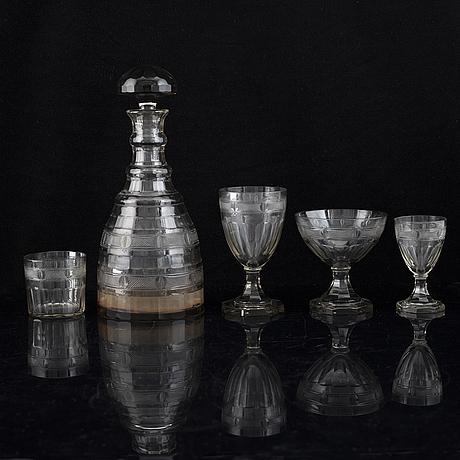 Gerda strÖmberg, a part 'hörningsholm', glass service, strömbergshyttan, first half of the 20th century (48 pieces).
