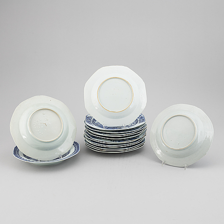 16 blue and white export porcelain plates, qing dynasty, 18th century, mostly qianlong.