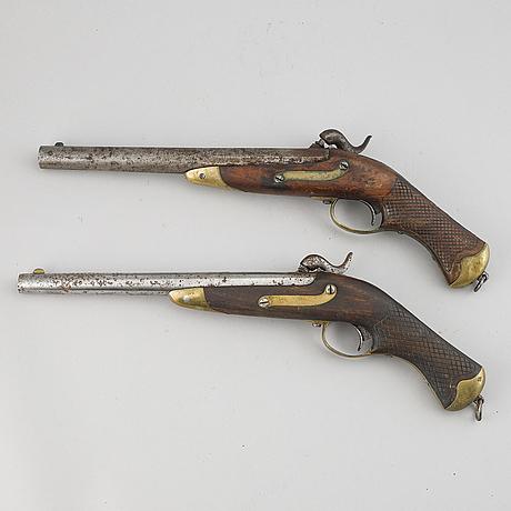 SlaglÅspistoler, 2 st, svenska, m/1850 studsare och flankör.