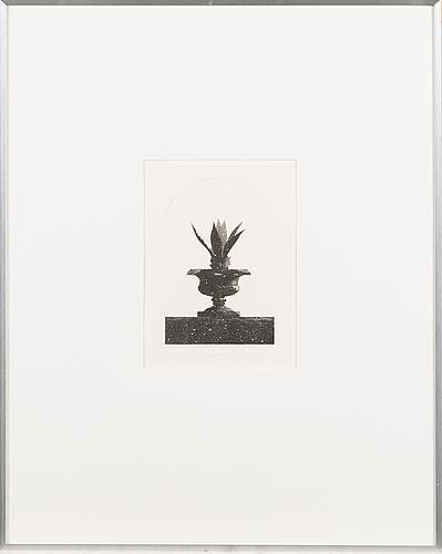 Pentti lumikangas, etching, signed and dated 1980, numbered 76/100.