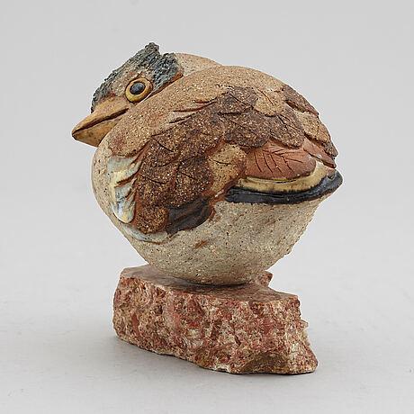 Tyra lundgren, a stoneware sculpture of a bird, mid 20th century.