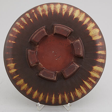 "A stoneware footed ""farsta"" dish, gustavsberg studio, sweden 1950."