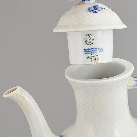 A royal copenhagen 'blå blomst' porcelain coffee service, denmark. (33 pieces).