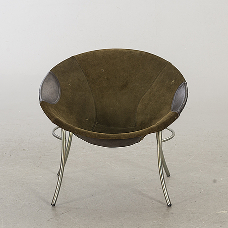 A 1960's lounge chair.