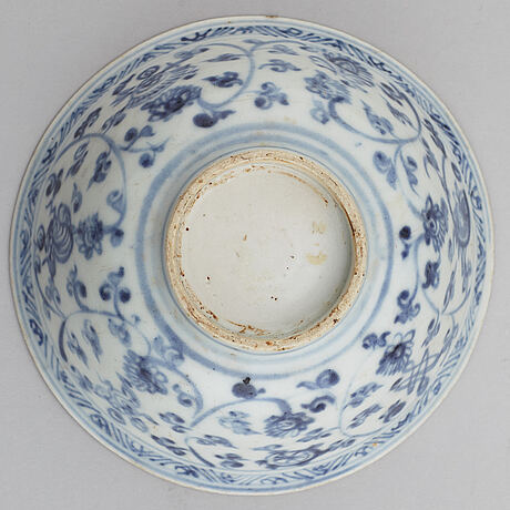 A blue and white bowl, ming dynasty (1368-1644).
