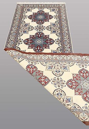 A runner, nain part silk , so called 9laa, 300 x 99 cm.