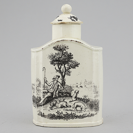 A earthenware tea caddy with cover, england, 18th century.